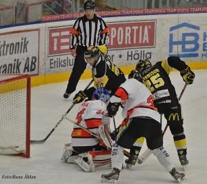 Marcus Eriksson gör mål mot Asplöven