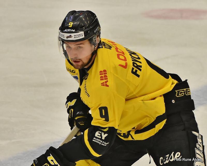 Frycklund gjorde en bra match med Svedlund och Langkow. Kanske en kedja som kan lyfta? FOTO: RUNE ÅHLÉN