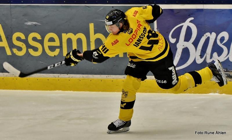 Jimmie Jansson har tagit kliv är den back som producerat mest tillsammans med Karlsson sista tio. FOTO: RUNE ÅHLÉN
